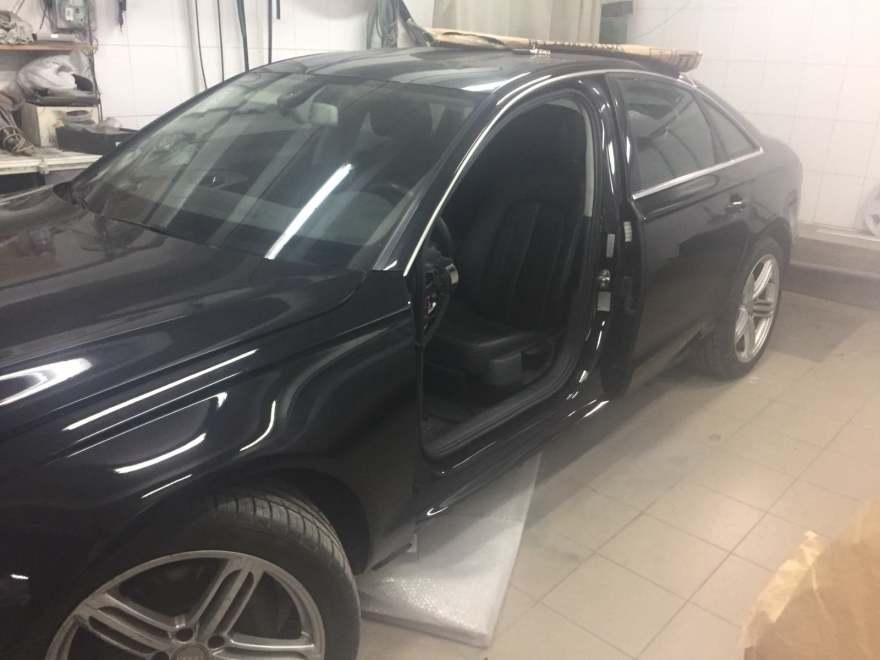 Фото Audi после восстановления левой стороны авто