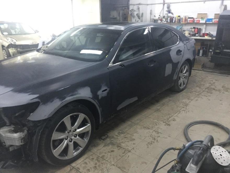 Lexus подготовлен к покраске фото «АвтосервисПрофи»