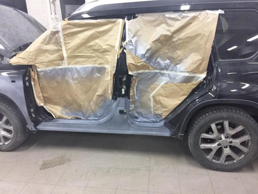 Nissan подготовлен к кузовному ремонту фото «АвтосервисПрофи»