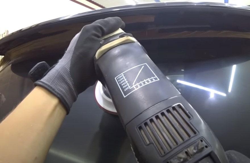 Фото роцесса обработки стекла полироолью