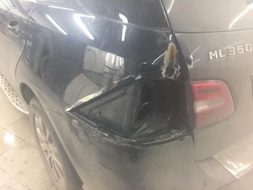Фото повреждений Mercedes ML350