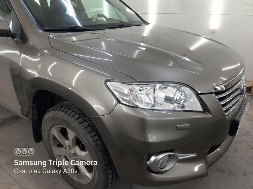 Фото Toyota после кузовного ремонта и покраски